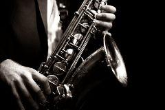 Saksofonista - monohrom